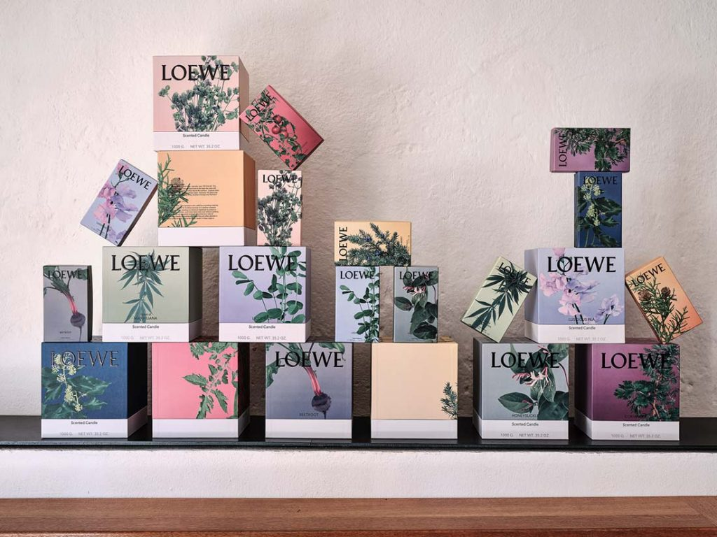Caixas sobrepostas da coleção Loewe Home Scents